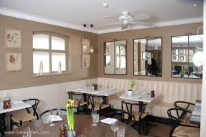 096_Henley_Ceiling_Fan_Hunter_savoy_white_mews_mayfair_restaurant_002