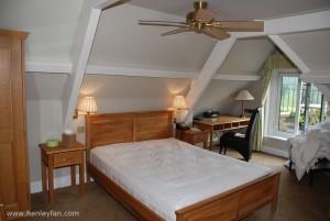 324_Hunter_savoy_ceiling_fan_kingston_house_bedroom