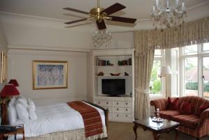 325_Hunter_savoy_ceiling_fan_kingston_house_bedroom