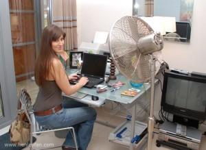 405_Henley_Ceiling_fan-pedestal-fan-office